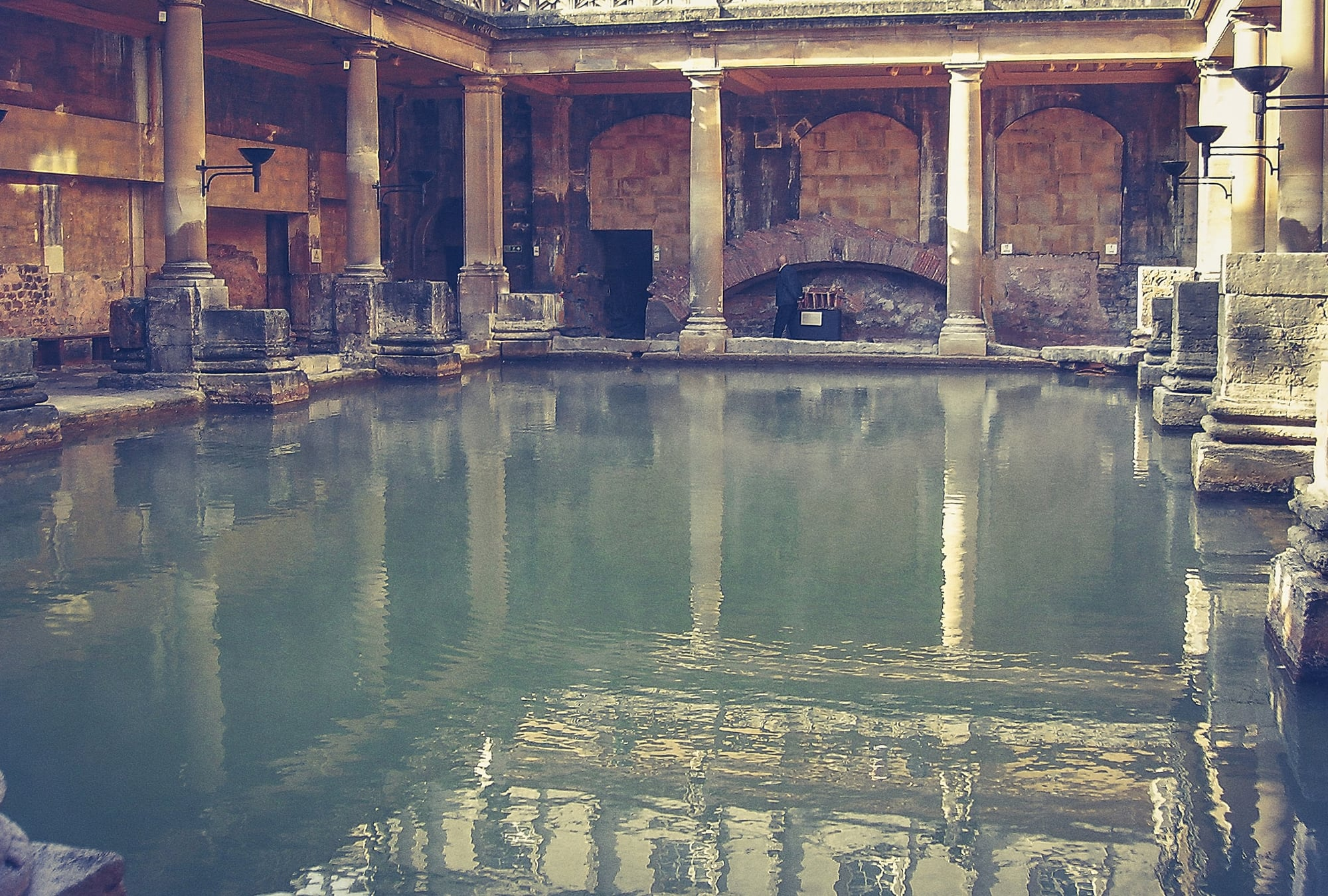 Stay at Dukes Bath and explore the iconic Roman Baths